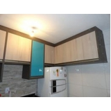 móveis planejados cozinha pequena Jardim Seriema